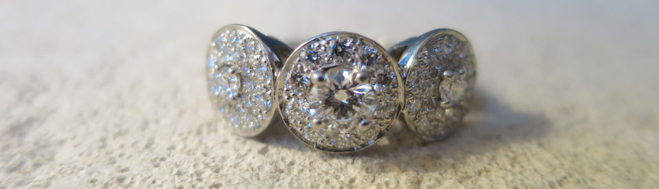 bespoke three diamond engagement ring by Tessa Packard London ContemporaryFine Jewellery