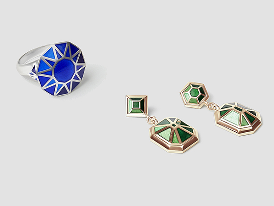 sapphire and silver Copy cat Ring, and emerald and gold earrings by Tessa Packard London Contemporary Fine Jewellery