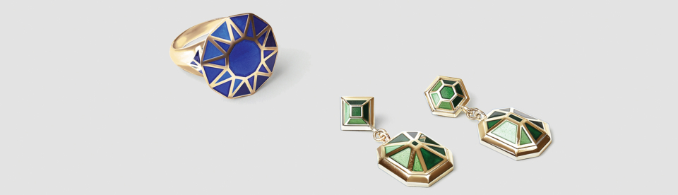 blue enamel and yellow gold cocktail ring, green enamel and yellow gold earrings