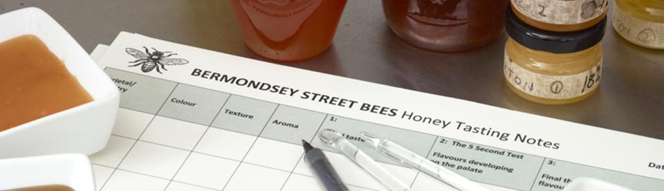 honey tasting event with sarah wyndham lewis honey sommelier